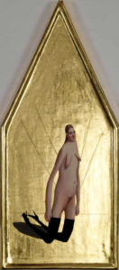 Woman on her knees, 2010, eggtempera and gold on wood, 19 x 44 cm.
